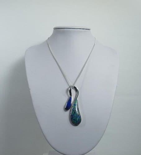 925 Sterling Silver Stone Set Lapis Pendant & Chain